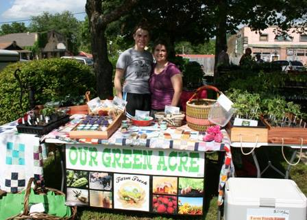 Misty and her daughter selling their awesome goodies at the Newton County Farmer's Market.